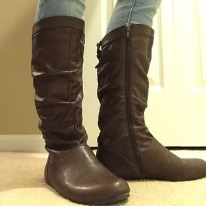 BROWN SLOUCHY RIDER BOOTS